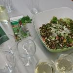 Wildpflanzen-Linsensalat