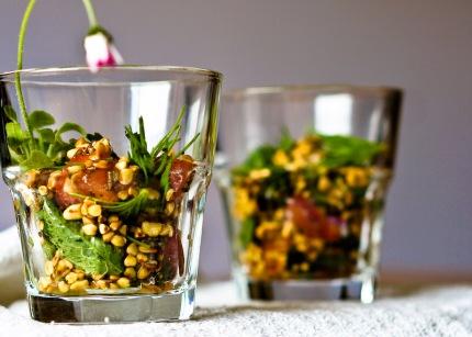 Buchweizen-Gänseblümchen-Salat
